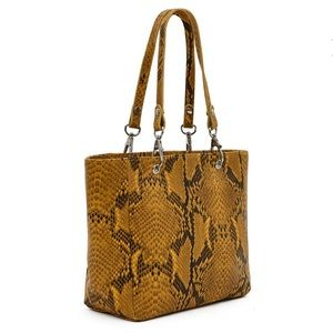 NWT Opening Ceremony Callipygian Leather Clasp Bag